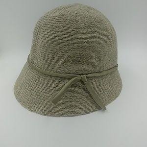 Kangol Green Cloche W/ Ribbon Trim Accent  Size M